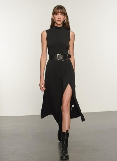 NGSTYLE NGSTYLE Kadın Örme Yırtmaç Detaylı Günlük Kolsuz Elbise Siyah